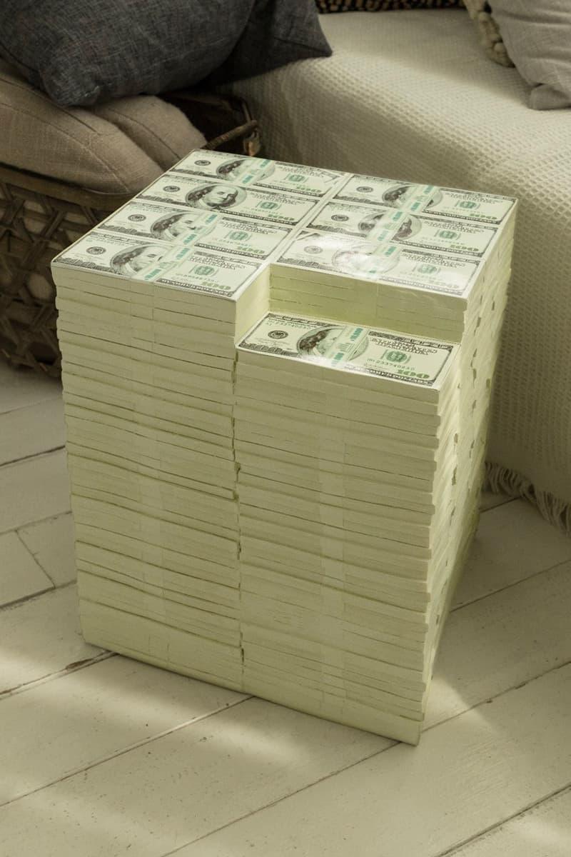현금 다발 위에 앉는 기분은? 로터리 히로의 '돈뭉치 스툴' 출시, US 달러, 미국 달러, 달러, 100달러, 지폐, 의자, 햄버거 의자, 아이스크림 의자, 도넛 의자