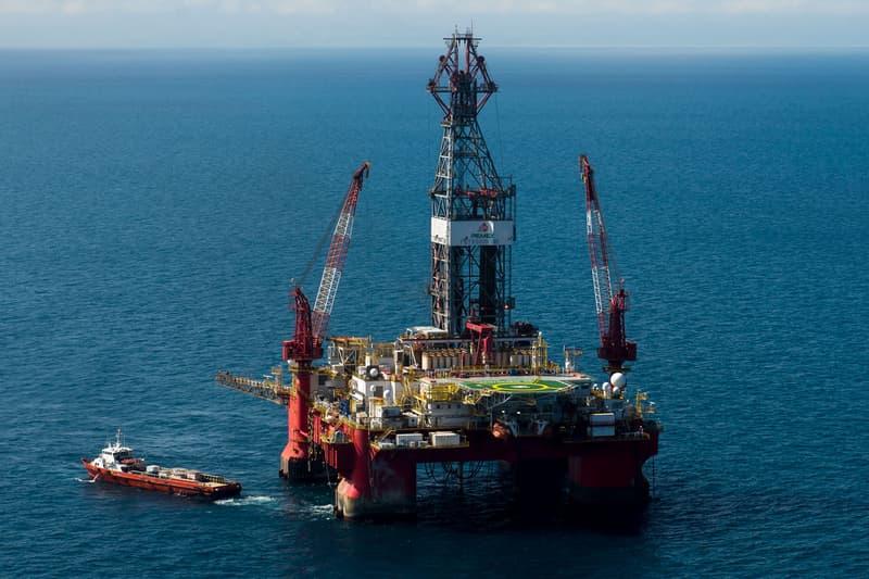 스페이스X, 우주 로켓 발사 위해 바다 위 석유시추선 2척 구입했다, 일론 머스크, 테슬라