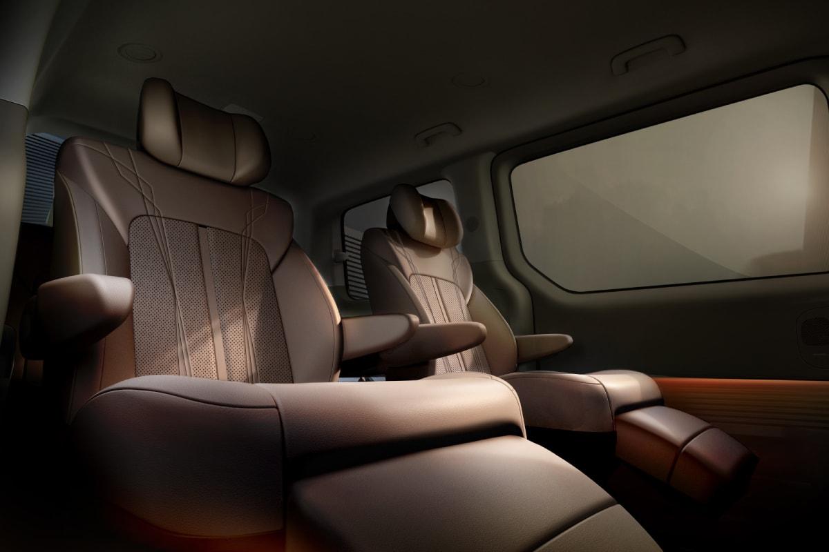 업데이트: 현대자동차의 프리미엄 크루저, '스타리아' 전체 디자인 공개, 프리미엄 크루저, MPV, 다목적 차량, 이상엽 전무