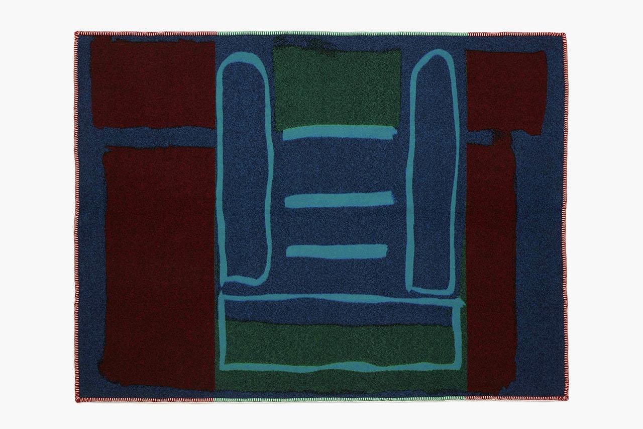J.W. 앤더슨, 젊은 두 예술가의 작품을 새긴 한정판 아트 블랭킷 출시