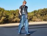 1970년대의 매력을 담아낸 셀린 2022 여름 남성복 컬렉션 '코스믹 크루저'